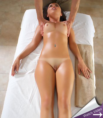 Dillion Harper Wet Massage PassionHD